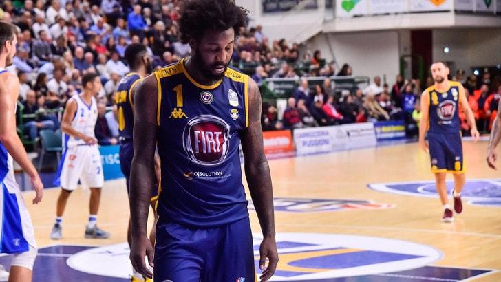 Basket, otto punti di penalità all'Auxilium Torino: addio Serie A
