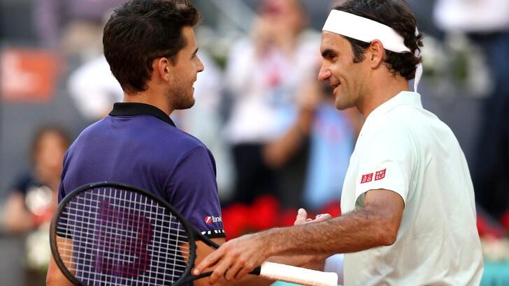 Federer saluta Madrid: semifinale Thiem-Djokovic