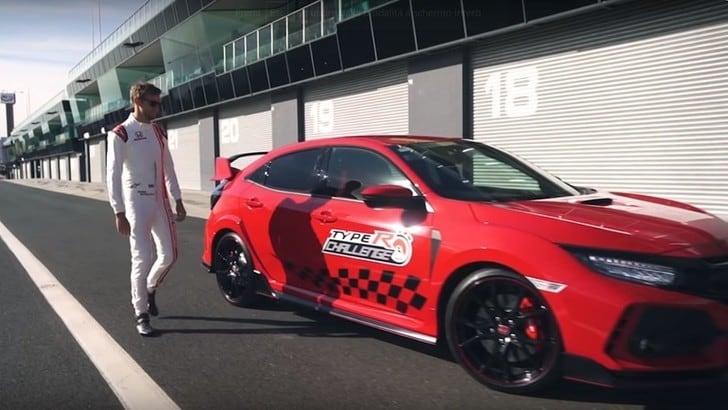 Honda Civic Type R da record con Button: VIDEO