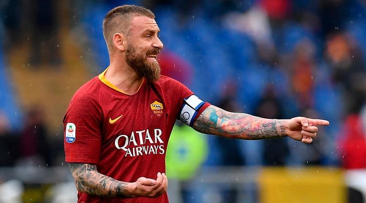 Addio De Rossi, Maldini: «Scelta che sorprende, saprà cosa vuole fare»