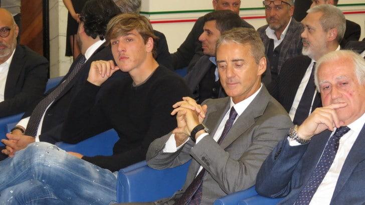 Zaniolo sul futuro: «Lusingato da chi mi vuole, ma sono contento alla Roma»