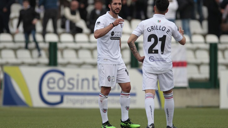 Serie C play off: eliminate Novara e Pro Vercelli