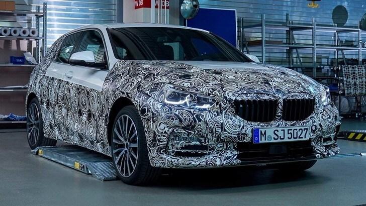 Nuova BMW Serie 1, dettagli in anteprima prima del debutto
