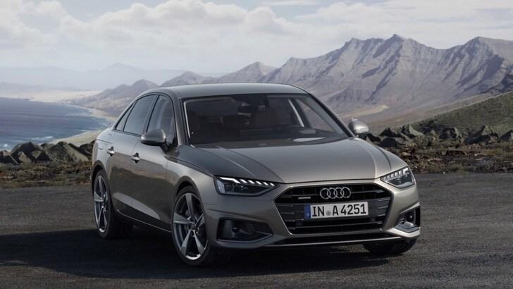 Audi A4, ora è ibrida e