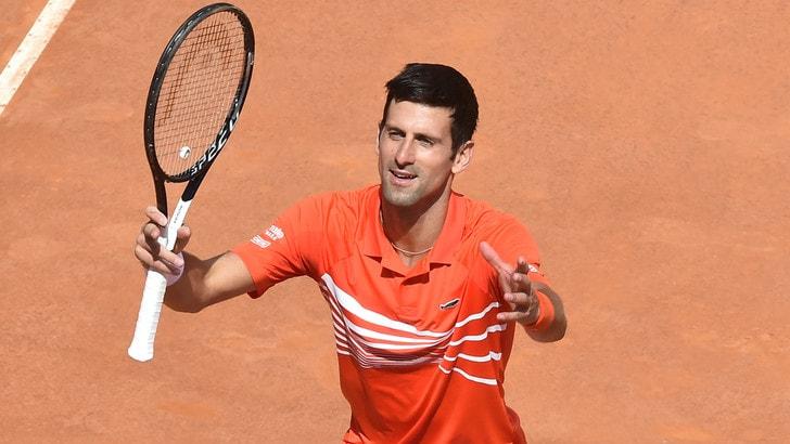 Djokovic domina Kohlschreiber: sfida a Del Porto nei quarti degli Internazionali