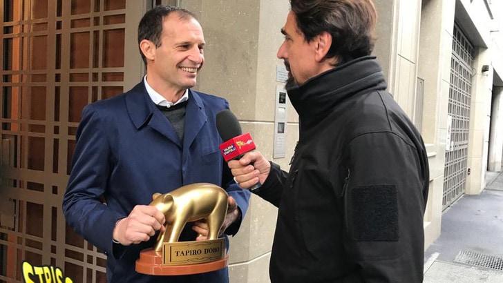Allegri riceve il Tapiro d'oro: «Con la Juventus, cinque anni d'amore»