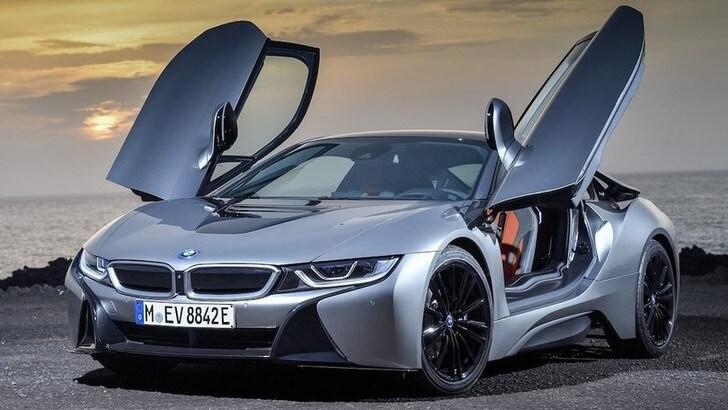Nuova BMW i8, possibile versione totalmente elettrica