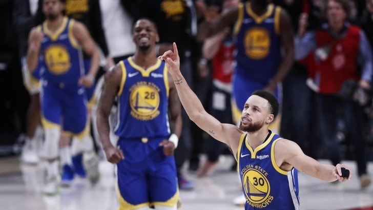 NBA, Golden State chiude la serie con Portland: è alle finali per la quinta volta di fila
