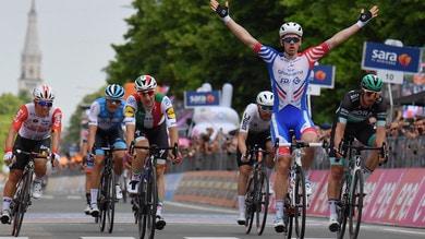 Giro d'Italia: decima tappa a Demare. Conti resta in rosa