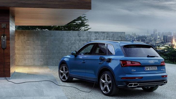 Audi Q5 ibrida plug-in con trazione Quattro