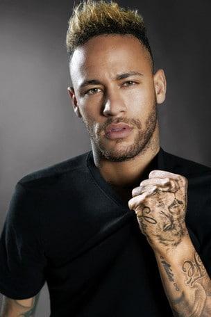 Il nuovo profumo di Neymar Jr per Diesel