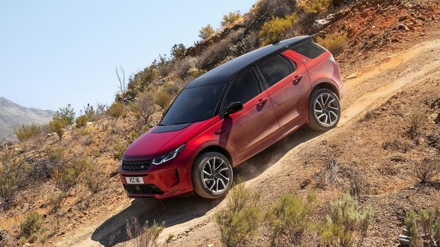 Land Rover Discovery Sport 2020: le foto