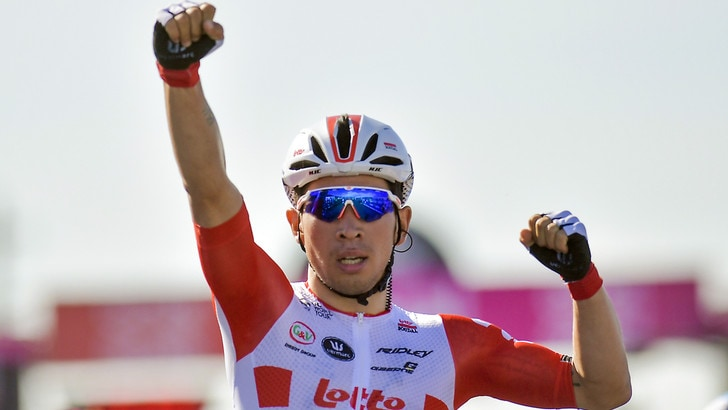 Giro: a Novi Ligure vince Ewan, Viviani si ritira