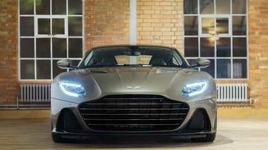 Aston Martin DBS Superleggera OHMSS: le foto