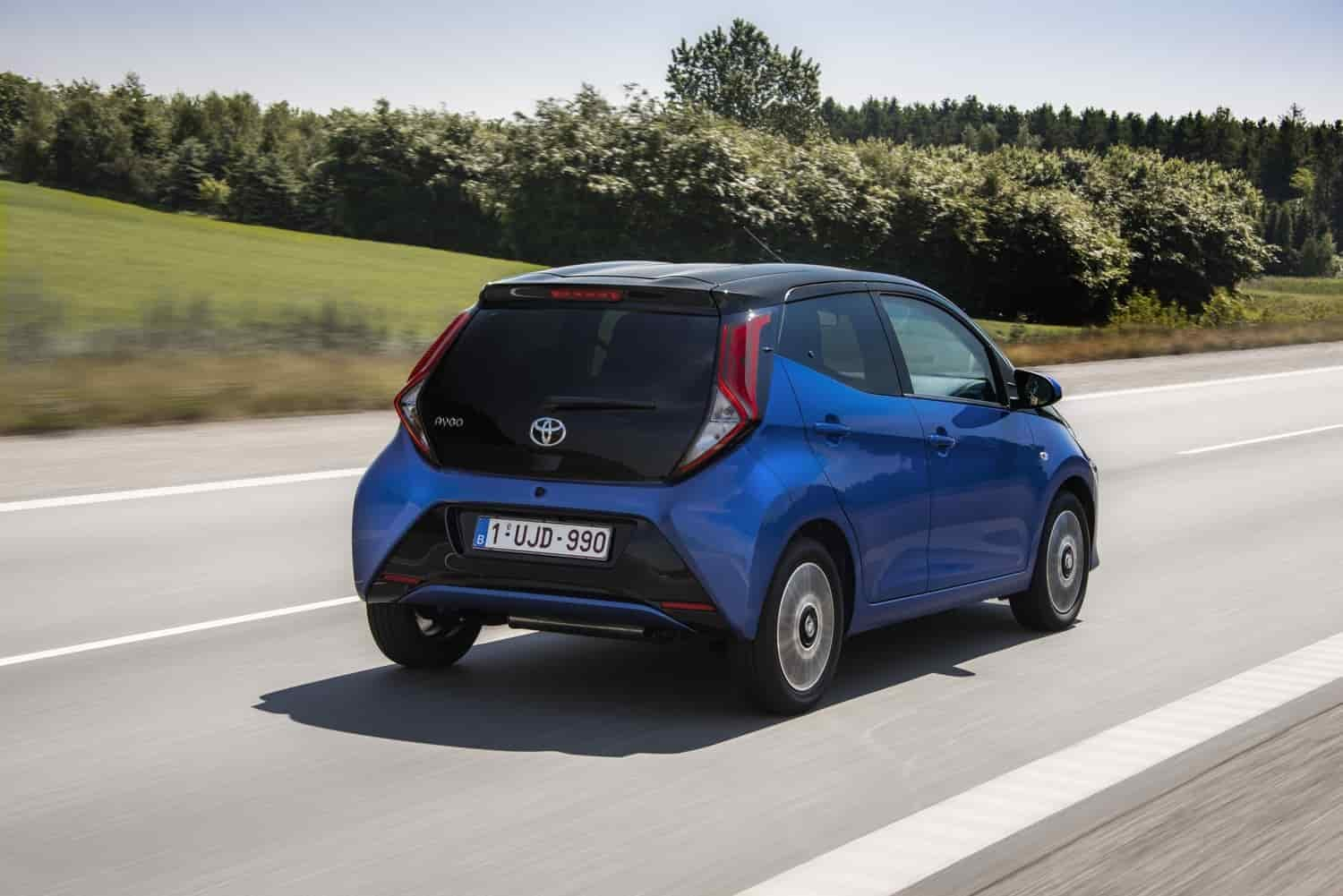 Toyota Aygo Connect: le foto