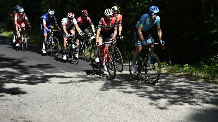 Giro d'Italia, 12ª tappa a Benedetti. Polanc nuova maglia rosa