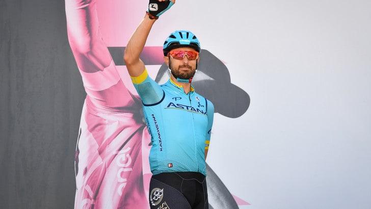 Giro, Cataldo vince la 15ª tappa. Nibali accorcia in classifica