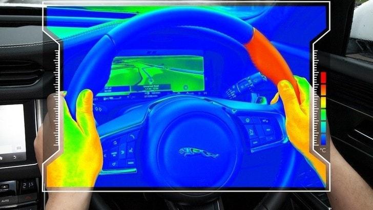 Jaguar-Land Rover: la novità del volante intelligente