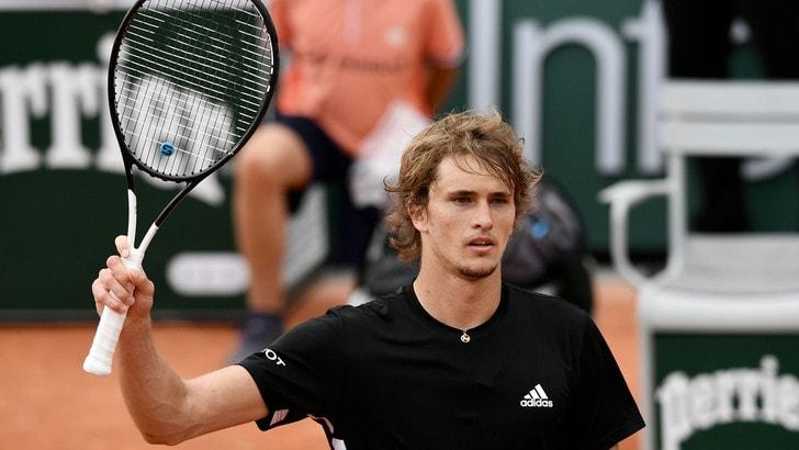 Zverev e Djokovic avanti al Roland Garros