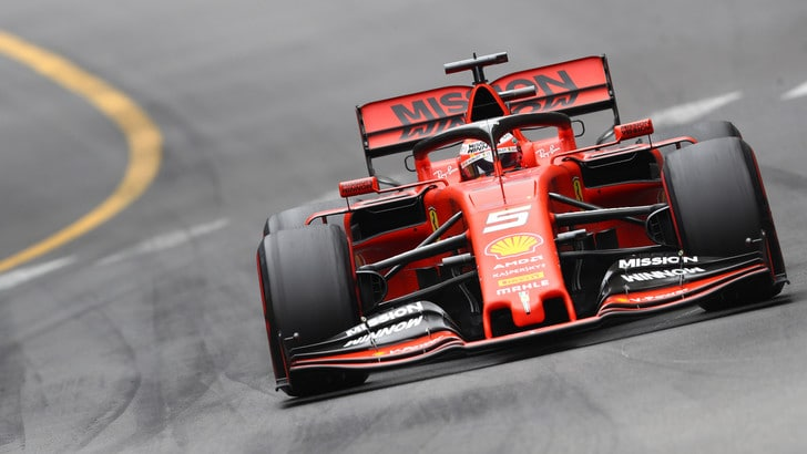 Ferrari nel mondiale eSports, parte la sfida alla Mercedes