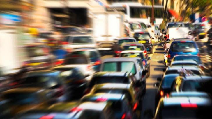 Traffico in città: Roma è la più caotica d'Italia