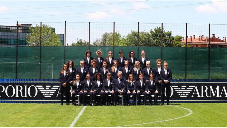 Elegantissime le Azzurre della Nazionale Femminile di Calcio, grazie a Giorgio Armani