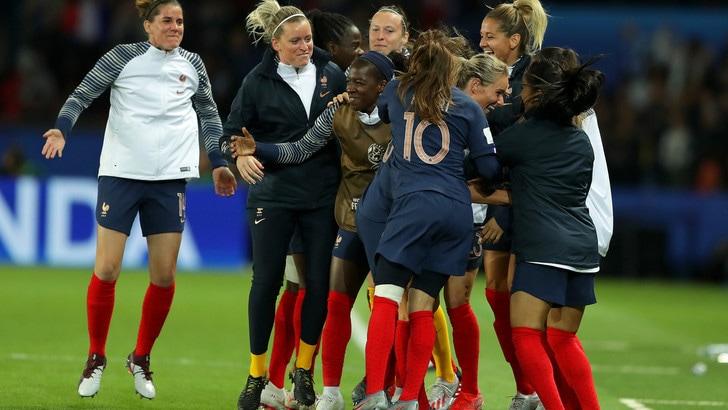 La Francia annienta la Corea del Sud all'esordio nei Mondiali femminili