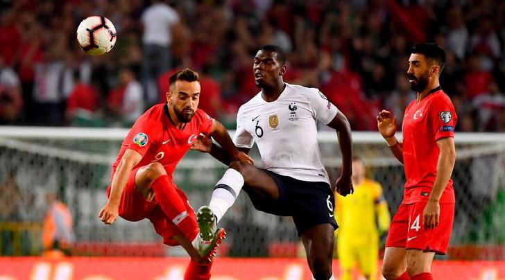 Juve, Paratici va in missione in Turchia: marca Pogba in Nazionale