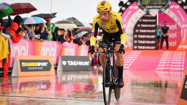 Primoz Roglic rinuncia al Tour de France