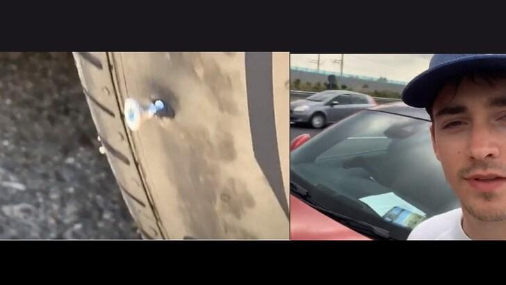 Leclerc, la ruota bucata diventa social - VIDEO