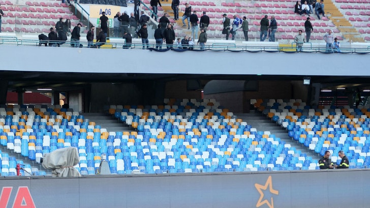 Napoli, avanti coi lavori allo stadio San Paolo: distinti completati