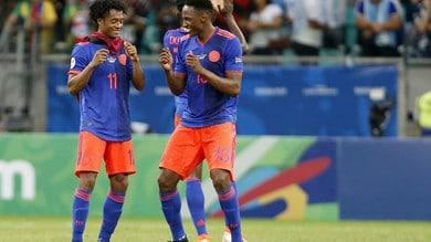 La Colombia balla con James Rodriguez, l'Argentina cade con Lionel Messi