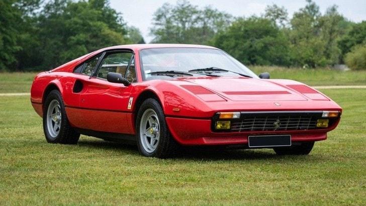 Automobiles en Scène, un'asta da sogno con Ferrari, Porsche e una F1
