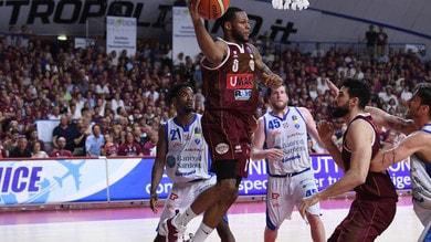 Basket: Venezia mette la freccia e batte Sassari 78-65. Giovedì match point scudetto