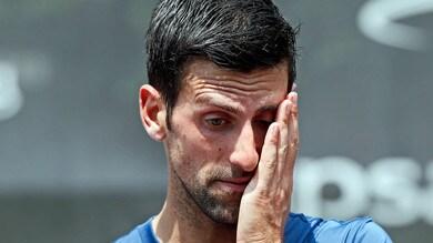Djokovic si ferma a rifiatare: tornerà per giocare Wimbledon