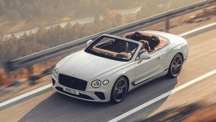 Bentley GT Convertible al Salone di Torino Parco Valentino