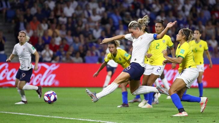Mondiali femminili, Inghilterra e Francia ai quarti: il Brasile va a casa