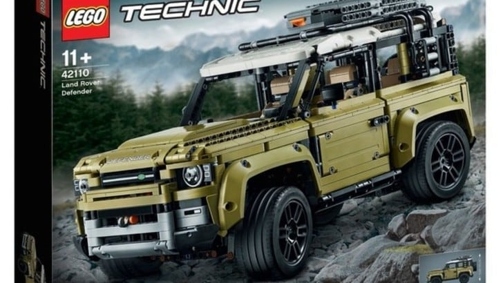 Land Rover Defender, le prime foto rubate sono della Lego