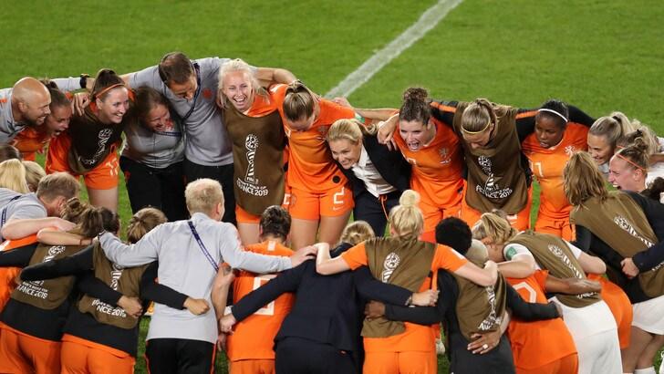 Mondiali femminili: Olanda batte Giappone 2-1, ora c'è l'Italia ai quarti