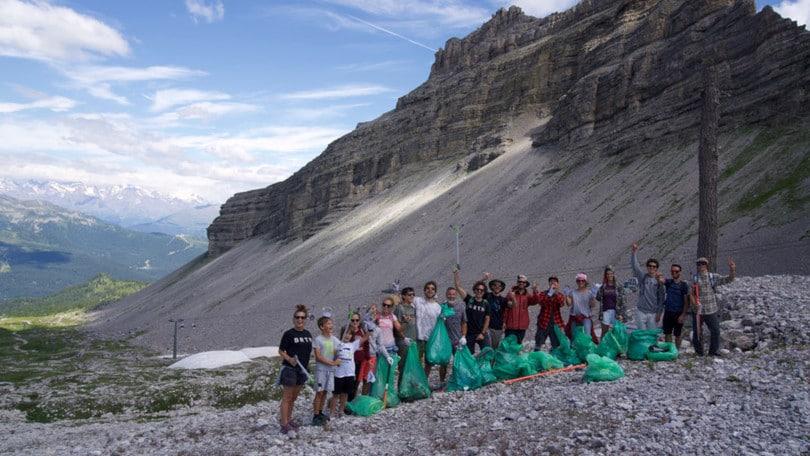 Burton per il Clean Up Day: 4 date di attività eco-sostenibili in montagna