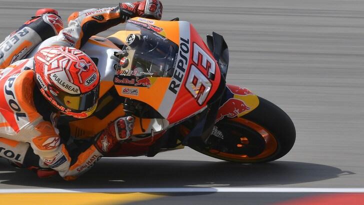 Sachsenring: Marquez in pole, Valentino Rossi undicesimo