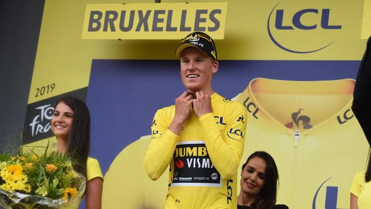 La Jumbo-Visma vola al Tour de France: bene Nibali