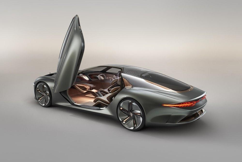 Bentley EXP 100 GT: gli scatti