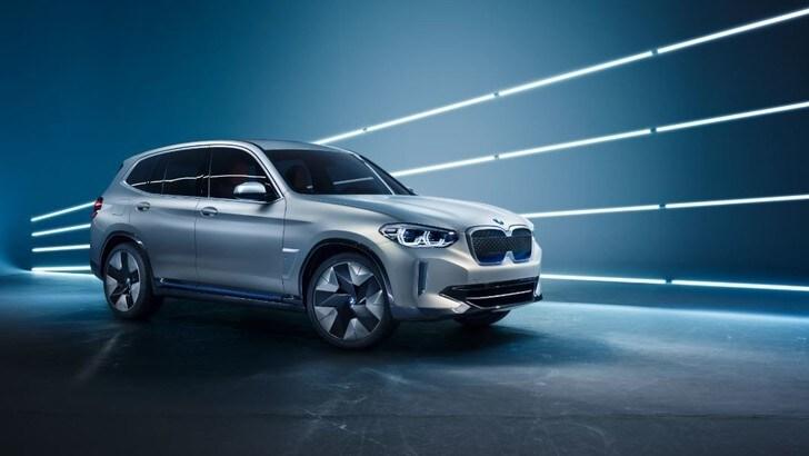BMW iX3, sul mercato dal 2020