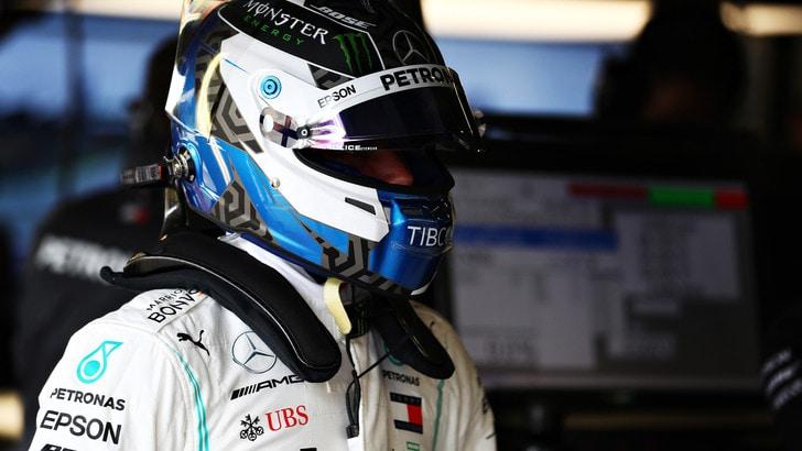 Silverstone: pole per Bottas, Hamilton secondo davanti a Leclerc