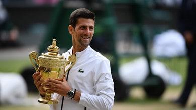 Djokovic trionfa a Wimbledon, Federer piegato in cinque set
