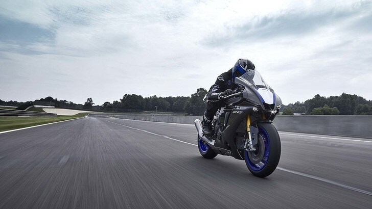 Yamaha: ecco le nuove supersportive YZF-R1 e R1M 2020