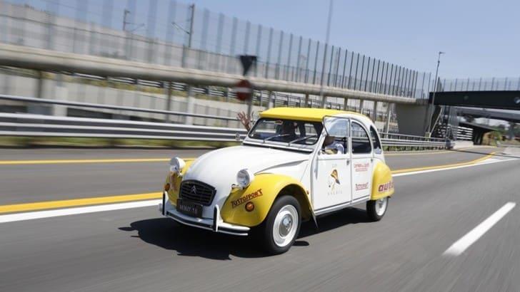 Citroën 2CV, il racconto verso il Raduno del Secolo