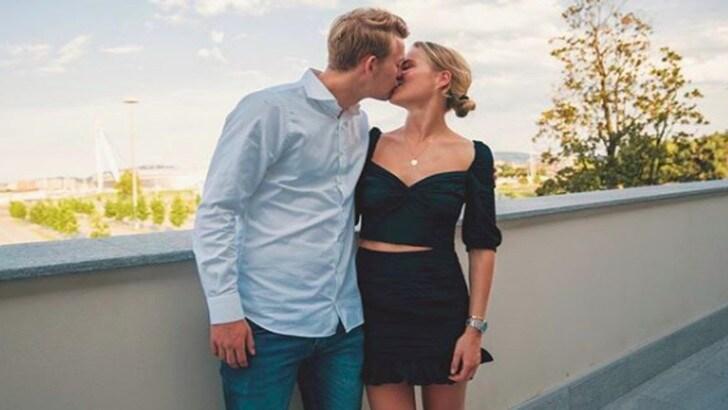 "De Ligt-Juve, la fidanzata Annekee: ""Sono felice per te"""