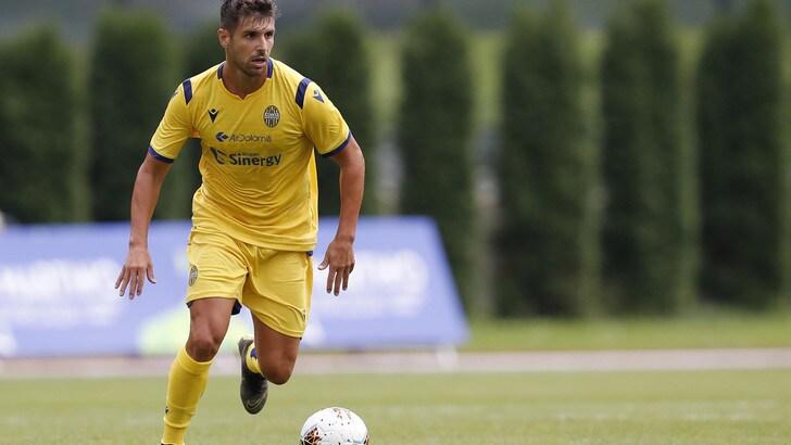 Verona, contratto fino al 2020 per Miguel Veloso